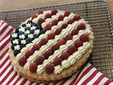 "American Flag Fruit Tart (7"")"
