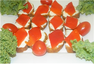 Roasted Red Peppers And Goat Cheese Crostini
